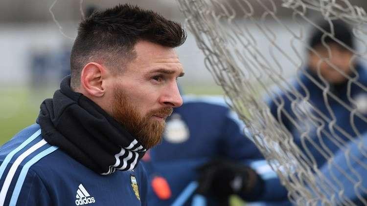 ميسي يؤكّد مغادرته لبرشلونة