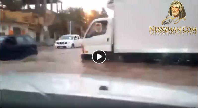 بالفيديو ولاية ورقلة الجزائرية تغرق في أمطار طوفانية
