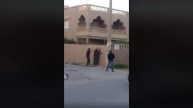 فيديو منذ قليل القبض على رجل لابس نقاب